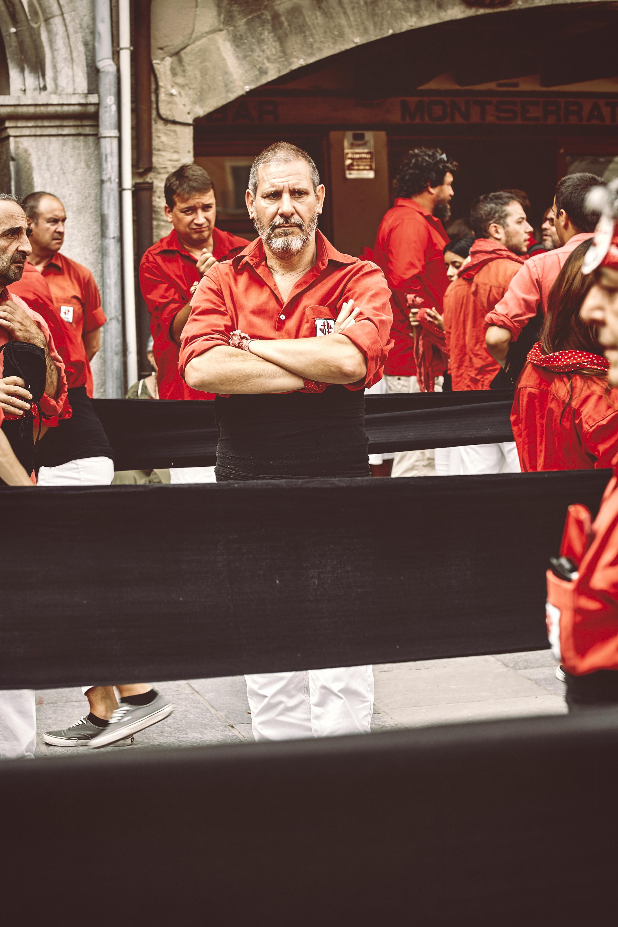 Casteller preparing himself in Barcelona
